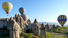 Il paese incantato dei camini delle fate in Cappadocia