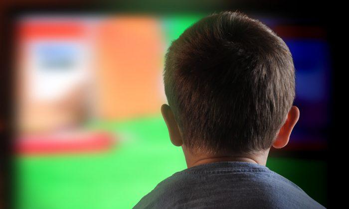 Troppa Tv ritarda lo sviluppo dei bambini