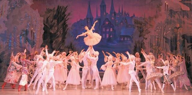 Balletto Lo Schiaccianoci, Valzer dei fiori di Čajkovskij