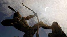 La storia di Hou Yi, che come Eracle voleva tornare al suo mondo celeste