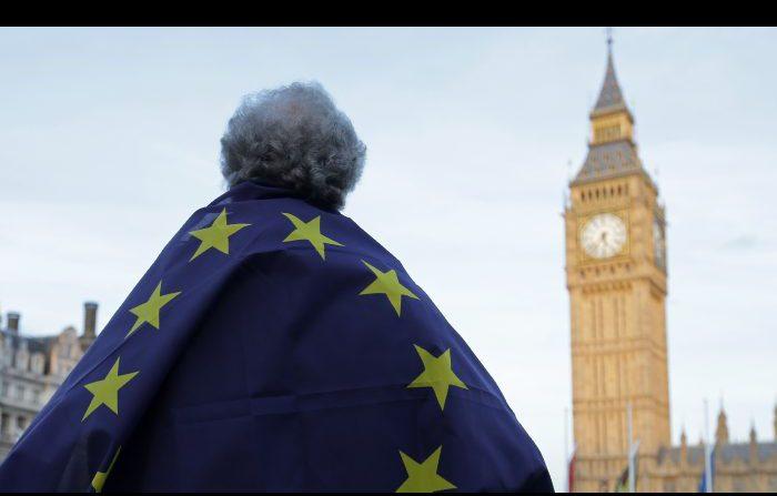 Parte la Brexit, e la Gran Bretagna rimane divisa
