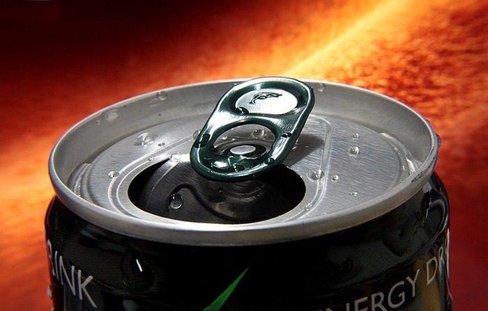 Gli energy drink possono far male al cuore