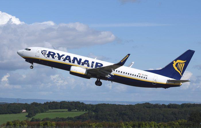 Ryanair cancella altri voli, 400 mila passeggeri coinvolti