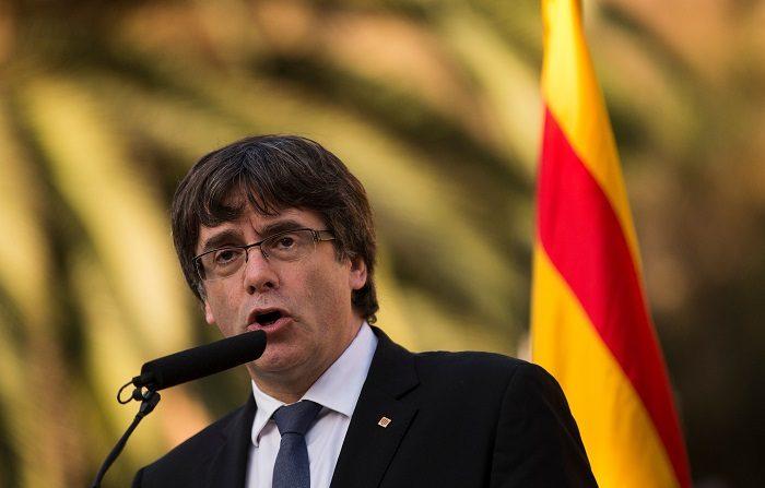 Catalogna, la (non) risposta di Puigdemont a Rajoy