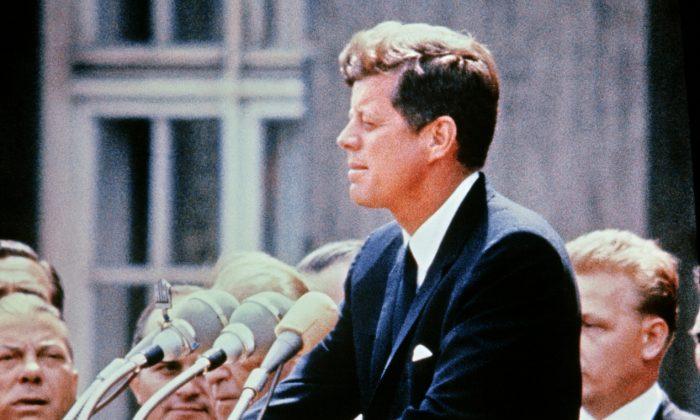Pubblicati i dossier segreti sull'assassinio di Kennedy