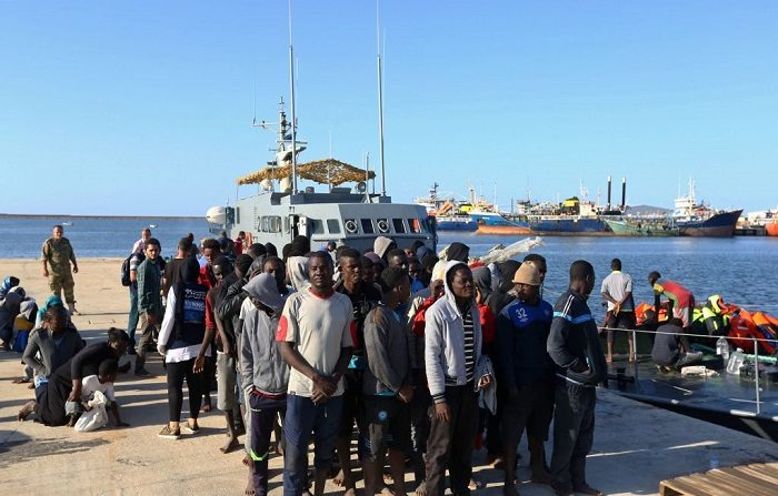 Migranti, nuovo accordo Italia-Libia