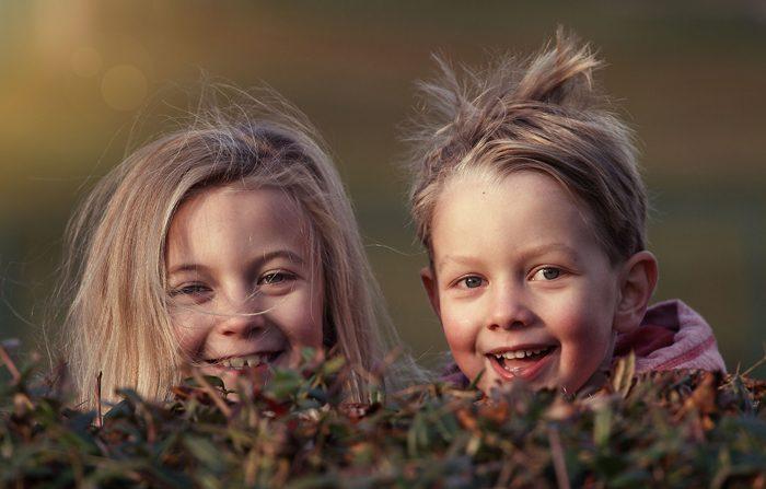 Per apparire più sani sorridere è meglio del maquillage