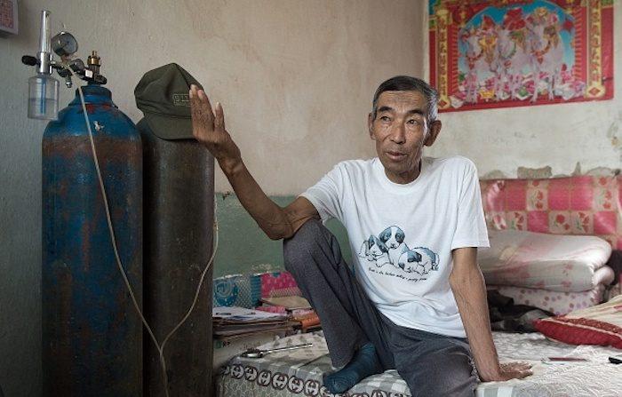 Il contadino analfabeta che sfida il colosso petrolchimico cinese