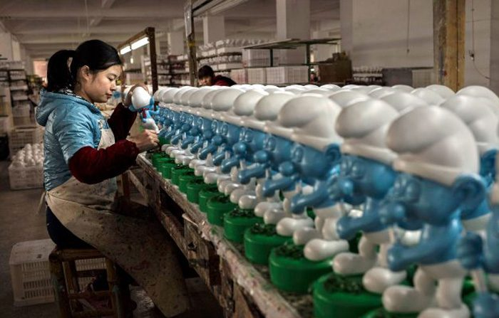 Le disumane  condizioni di lavoro nelle industrie cinesi