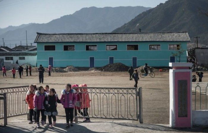La Cina prepara campi per rifugiati al confine con Corea del Nord