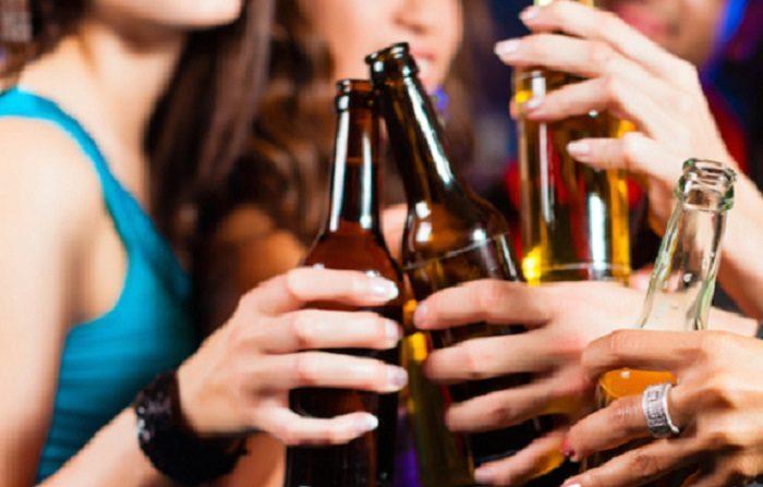 L'alcol aumenta il rischio di cancro