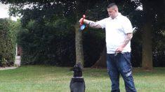 Cane salva uomo dal suicidio