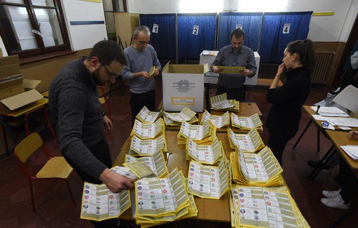 Elezioni, nessuno ha i numeri per governare. Ritorno alle 'larghe intese'?