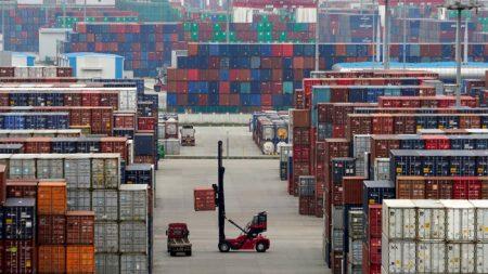 I dazi americani entrano in vigore, in calo l'export Cina-Usa