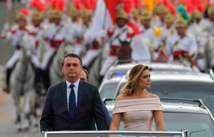 Bolsonaro promette di «rimuovere la spazzatura marxista» dalle scuole brasiliane