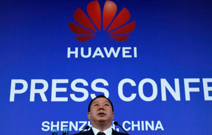 Huawei continua a negare il suo legame con il regime