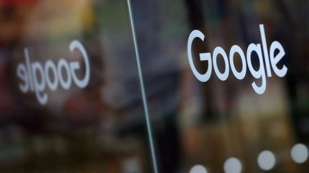 Privacy, la stretta dell'Australia su Facebook e Google