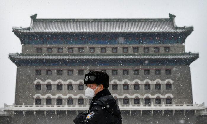 Il regime cinese arresta chi rivela la verità sul virus
