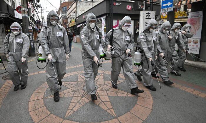 Globalizzazione e coronavirus, se gli Usa dipendono dalle mascherine cinesi