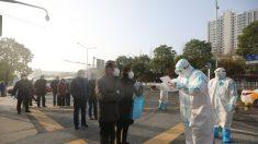 Wuhan chiude gli ospedali provvisori, i malati restano senza cure