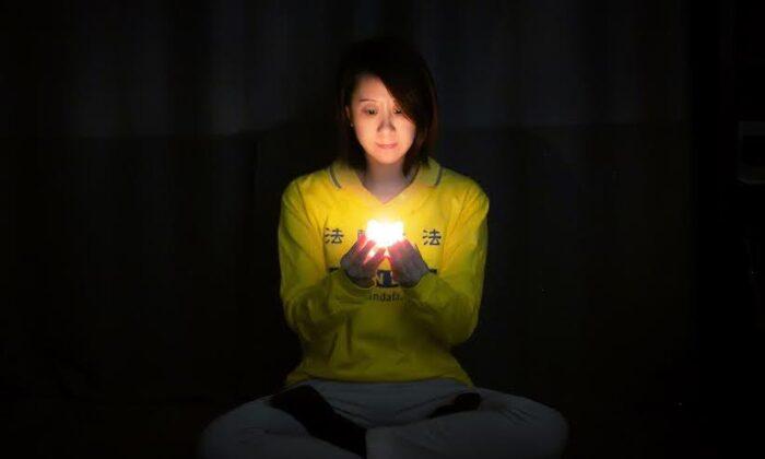 Online la veglia del Falun Gong per commemorare i morti nella persecuzione