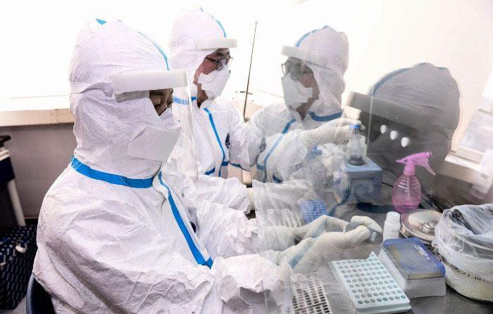 Le autorità cinesi continuano a nascondere la reale portata dell'epidemia