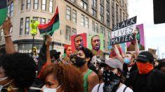Cofondatore Black Lives Matter: «Il nostro obiettivo è far cadere Trump»