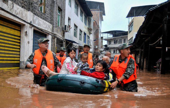 Inondazioni e disastri in tutta la Cina, milioni di persone a rischio