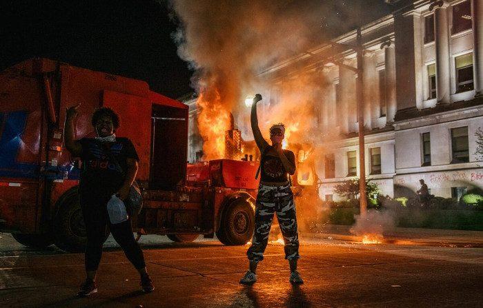 Biden e Trump uniti nel condannare le rivolte, divisi sulla soluzione