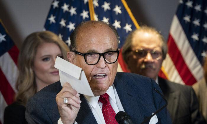 Il curriculum degli avvocati di Trump, quando alle accuse sono seguiti i risultati