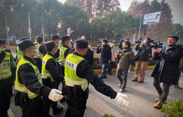 Raccontò il Covid a Wuhan, giornalista condannata