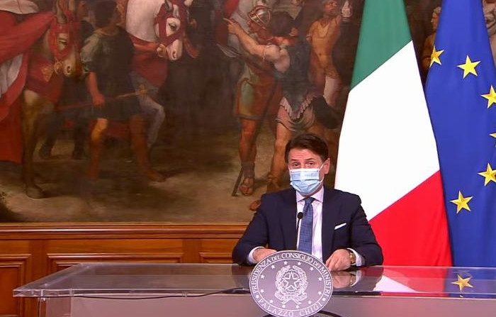 Il governo chiude l'Italia per Natale