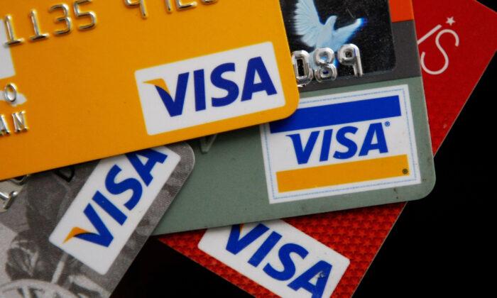 Visa sospende temporaneamente tutte le donazioni politiche