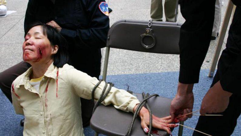 Stupri di massa, violenze sessuali, come la Cina comunista perseguita le fedi religiose