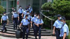 Stretta sulla libertà di stampa a Hong Kong, blitz e arresti nella sede dell'Apple Daily
