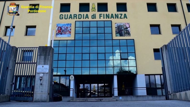 Sgominato maxi traffico di rifiuti Italia-Cina, l'operazione della Gdf di Pordenone