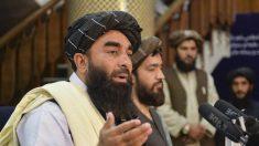 I talebani chiedono agli afgani di consegnare armi e munizioni entro una settimana