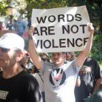 Il pericolo del confondere la parola con la violenza