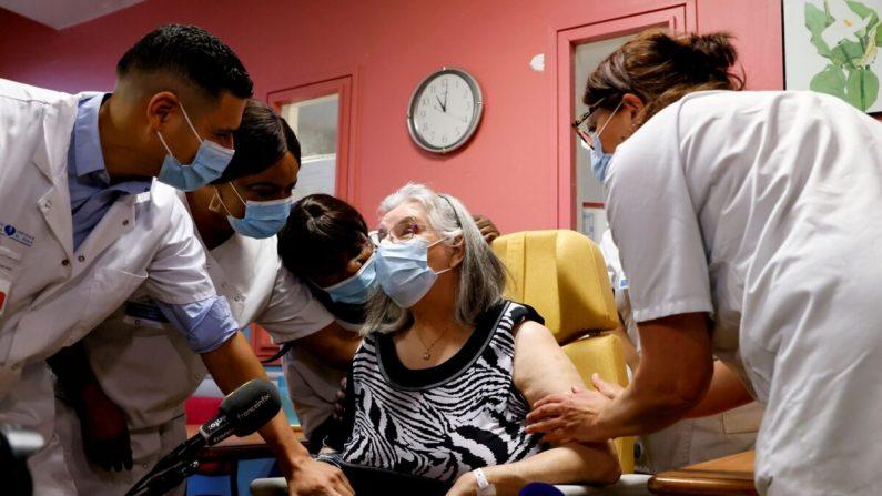 Ue: raggiunto l'obiettivo di vaccinare il 70% degli adulti entro l'estate