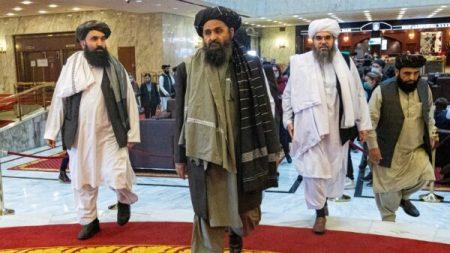 Talebani: no slogan e proteste salvo previa approvazione